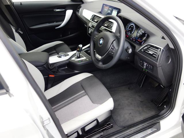 ☆ お車は内外装とも常駐している専門業者が自拠点にて丁寧に仕上げさせて頂きご納車させて頂きます。ご納車前の整備から最終の内外装仕上げやイノベクションコーティングまで、自拠点内ですべて仕上がります。