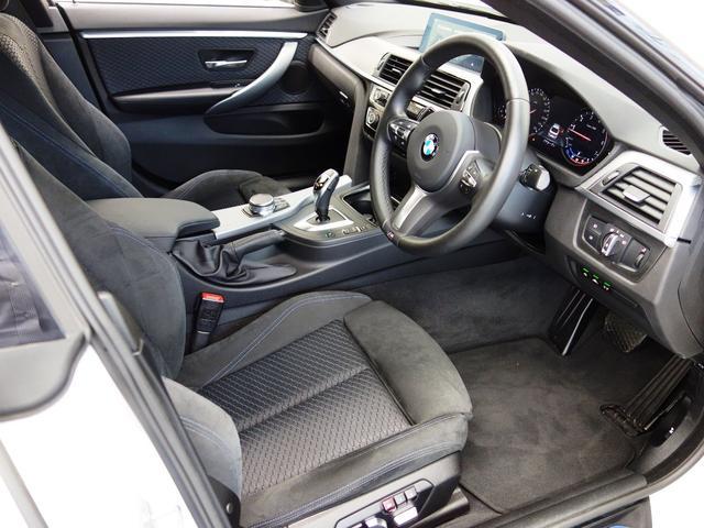 運転席と助手席はヒーター付きです。