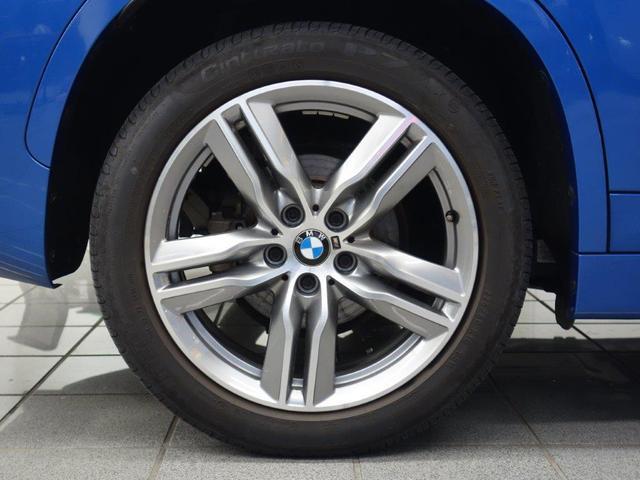 xDrive 18d Mスポーツ パノラマガラスサンルーフ コンフォートアクセス リヤビューカメラ パークディスタンスコントロール ドライバーアシスト HiFiスピーカー ETC付ルームミラー 18インチダブルスポークアロイホィール(6枚目)