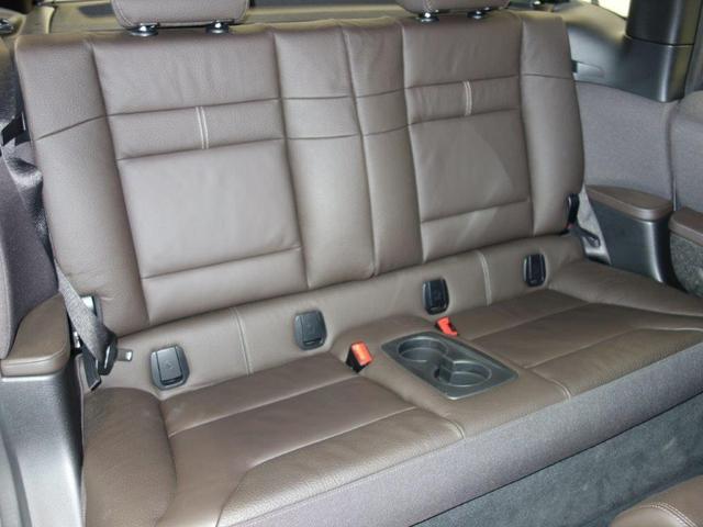 スイート レンジ・エクステンダー装備車 パーキングパッケージ アクテイブクルーズコントロール リヤビューカメラ パークディスタンスコントロール コンフォートアクセス ドライバーアシストプラス 19インチタービンスタイリング(5枚目)