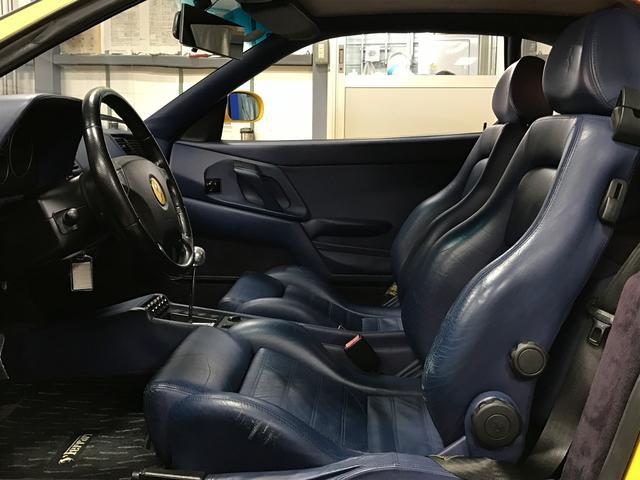 フェラーリ フェラーリ F355 ベルリネッタ D車XRシャーシ ネイビーレザー 純正18AW