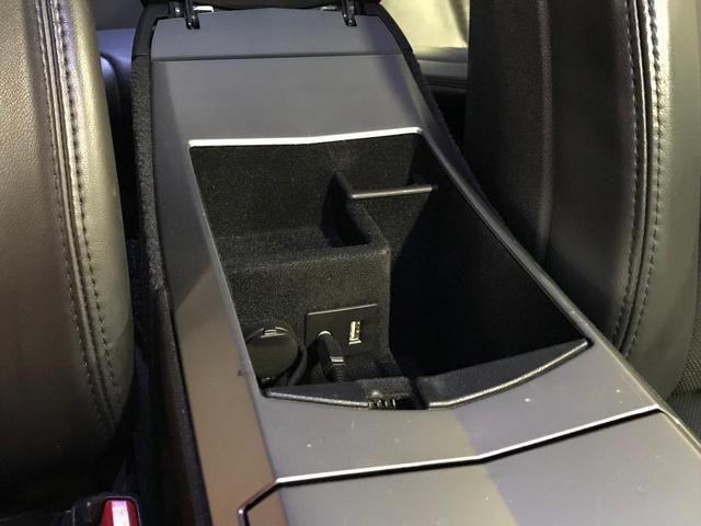 3.0プレミアム D車右ハンドル ブラックレザー HDDナビ(14枚目)