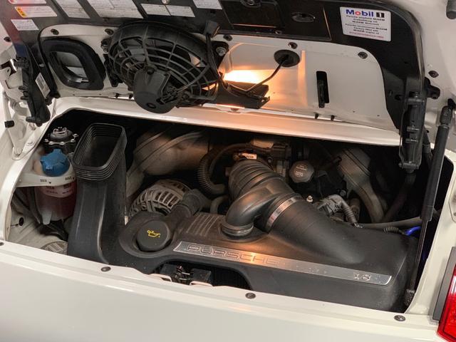 911カレラ4S D車左ハンドル 希少6速MT 可変マフラー(19枚目)