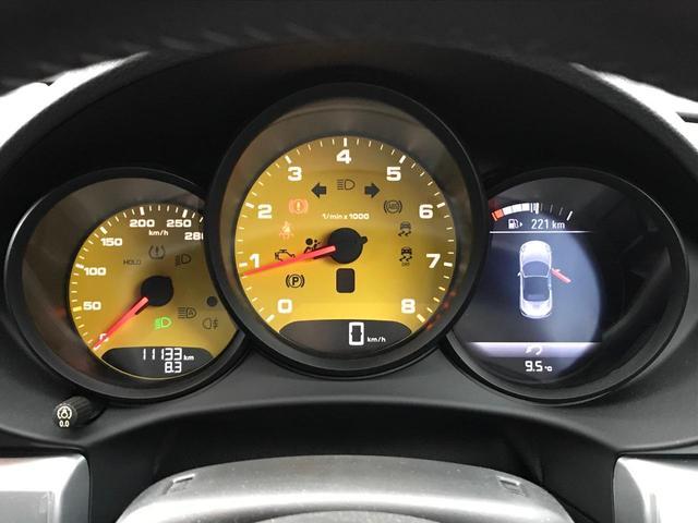 718ボクスター 1オーナー 6MT スポーツクロノ PTV(6枚目)