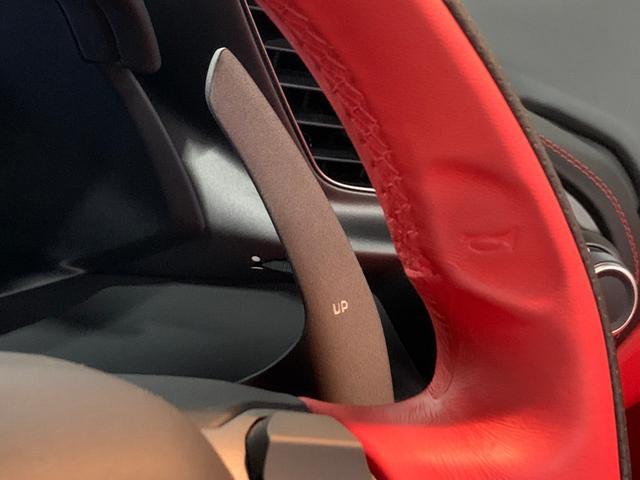F1-DCT ディーラー車 左ハンドル レッドレザー Fリフティング OP20AW 電動TOP 純正HDDナビ バックカメラ Fリップ カーボンブレーキ パドルシフト レッドキャリパー Pシート シートヒーター(7枚目)