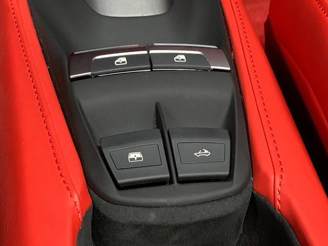 F1-DCT ディーラー車 左ハンドル レッドレザー Fリフティング OP20AW 電動TOP 純正HDDナビ バックカメラ Fリップ カーボンブレーキ パドルシフト レッドキャリパー Pシート シートヒーター(12枚目)