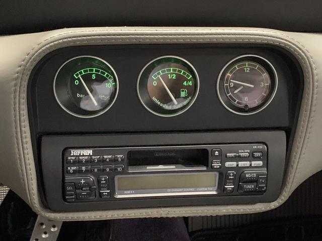 ベルリネッタ フィオラノハンドリングPKG ディーラー車 左ハンドル グレーレザー カーボンスポーツシート 純正18AW クライスマフラー 可変バルブ フェラーリバッグ XRシャーシ タイベル履歴 レッドキャリパー(12枚目)