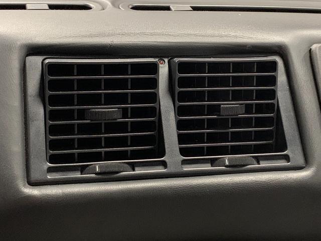 ベルリネッタ フィオラノハンドリングPKG ディーラー車 左ハンドル グレーレザー カーボンスポーツシート 純正18AW クライスマフラー 可変バルブ フェラーリバッグ XRシャーシ タイベル履歴 レッドキャリパー(41枚目)