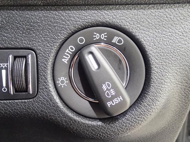 「クライスラー」「クライスラー 300」「セダン」「東京都」の中古車65