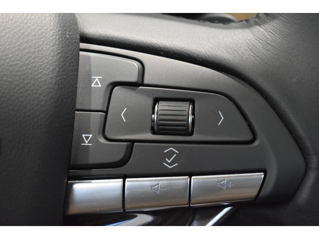 プラチナム 認定中古車保証 盗難防止装置付き 前後障害物センサー 純正20インチアルミホイール MTモード付9AT レーンアシスト パークアシスト 4WD ステアリングヒーター ワンオーナー(10枚目)