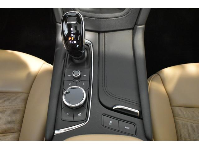 プラチナム 認定中古車保証 盗難防止装置付き 前後障害物センサー 純正20インチアルミホイール MTモード付9AT レーンアシスト パークアシスト 4WD ステアリングヒーター ワンオーナー(19枚目)
