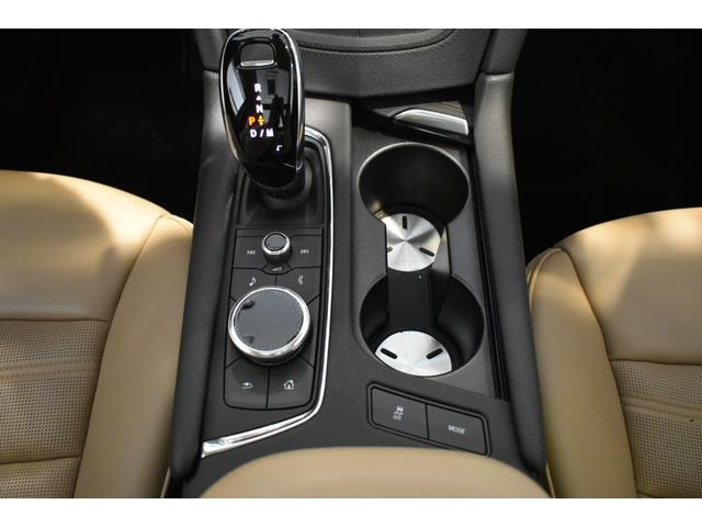プラチナム 認定中古車保証 盗難防止装置付き 前後障害物センサー 純正20インチアルミホイール MTモード付9AT レーンアシスト パークアシスト 4WD ステアリングヒーター ワンオーナー(20枚目)