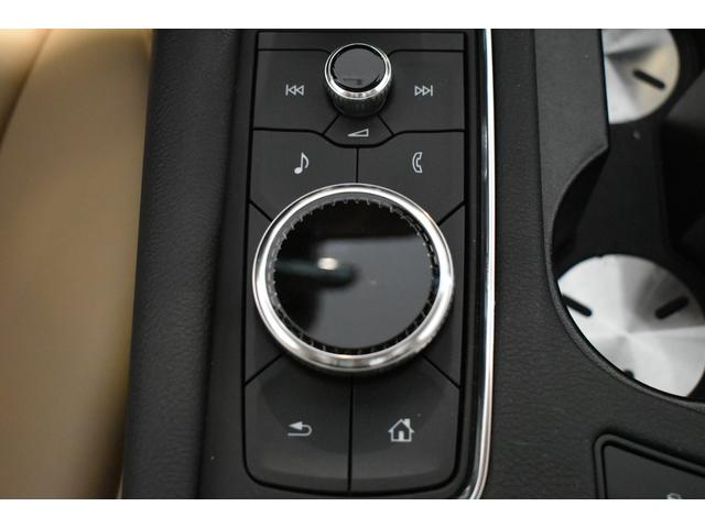プラチナム 認定中古車保証 盗難防止装置付き 前後障害物センサー 純正20インチアルミホイール MTモード付9AT レーンアシスト パークアシスト 4WD ステアリングヒーター ワンオーナー(21枚目)