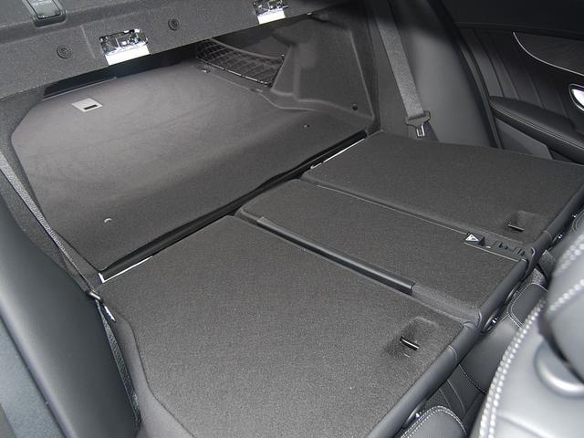 メルセデス・ベンツ M・ベンツ C200 4マチックアバンギャルド AMGライン