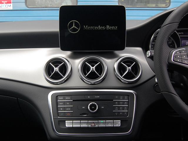メルセデス・ベンツ M・ベンツ GLA220 4マチック プレミアムP レーダーセーフティ