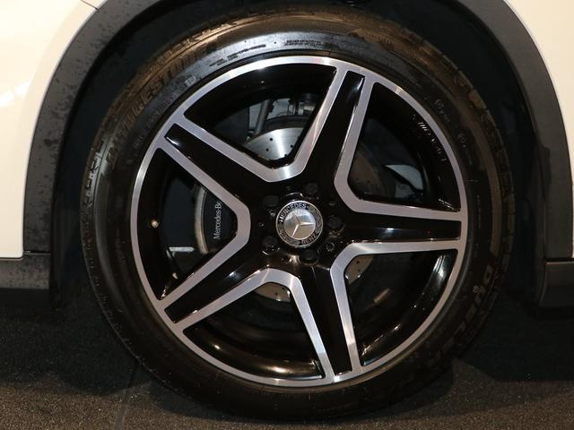 GLA180 スポーツホワイト&ブラックエディション レーダーセーフティPkg 限定車(7枚目)
