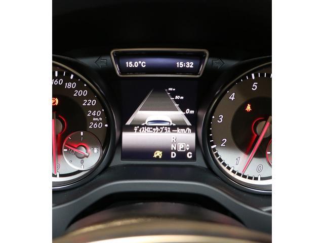 GLA180 スポーツホワイト&ブラックエディション レーダーセーフティPkg 限定車(18枚目)