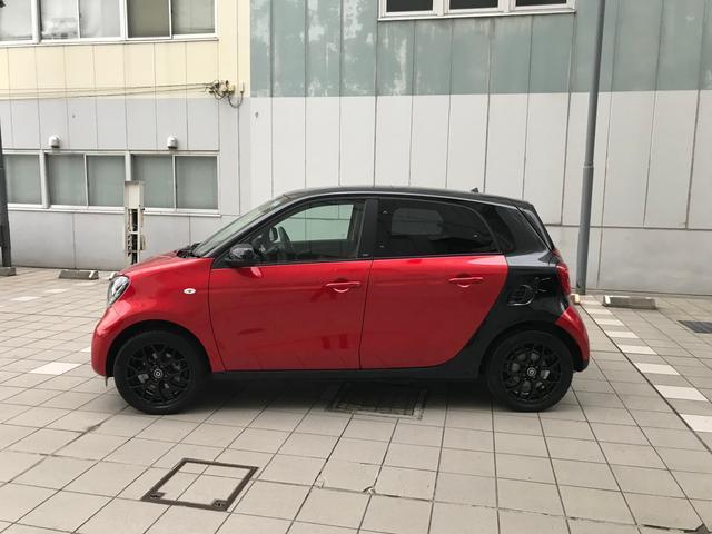 「スマート」「フォーフォー」「コンパクトカー」「東京都」の中古車2