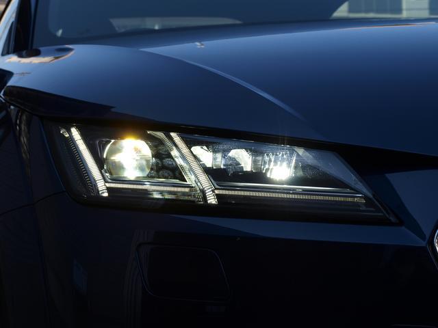 アウディ アウディ TTクーペ 2.0TFSIマトリクスLEDバーチャルコクピット認定中古車