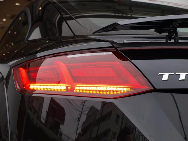 アウディ アウディ TTクーペ S-lineパッケージマトリクスLEDアルカンタラ認定中古車