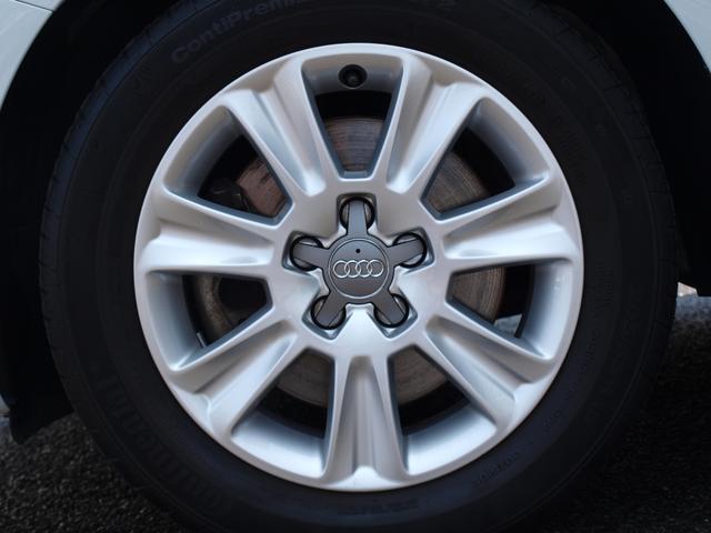 アウディ アウディ A1スポーツバック 弊社1オーナーMMIナビバイキセノンライト認定中古車