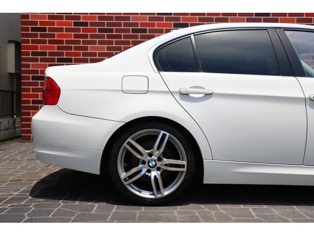 320i ハイラインパッケージ 後期直噴170馬力モデル BMWパフォーマンスマフラー スポーツテクニック18インチ 黒革シート(8枚目)