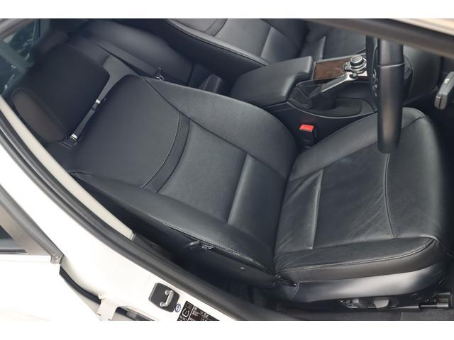 320i ハイラインパッケージ 後期直噴170馬力モデル BMWパフォーマンスマフラー スポーツテクニック18インチ 黒革シート(33枚目)