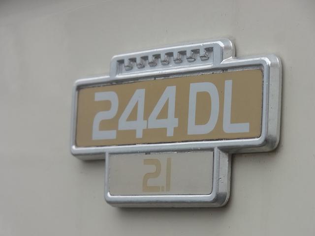 ボルボ 244