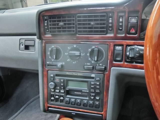 ボルボ ボルボ 850 2.5Tエステート 電動SR 黒革 クラシックPKG