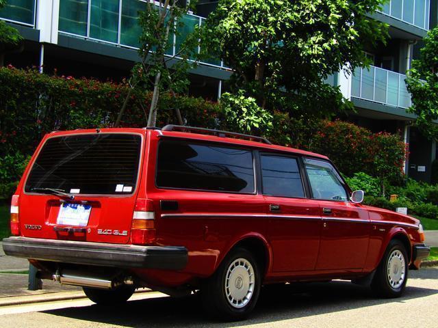 ボルボ ボルボ 240GLEワゴン 角目四灯 メッキミラー オールドスタイル
