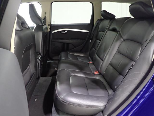 ボルボ ボルボ XC70 3.2SE AWD 120台特別限定 HDD 137点検項目
