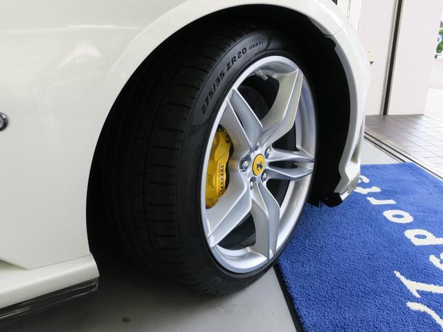 「フェラーリ」「フェラーリ 812スーパーファスト」「クーペ」「東京都」の中古車7
