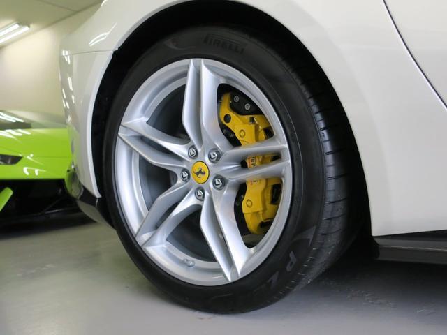 「フェラーリ」「フェラーリ 812スーパーファスト」「クーペ」「東京都」の中古車8