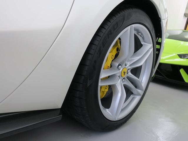 「フェラーリ」「フェラーリ 812スーパーファスト」「クーペ」「東京都」の中古車9