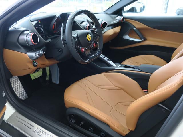 「フェラーリ」「フェラーリ 812スーパーファスト」「クーペ」「東京都」の中古車45