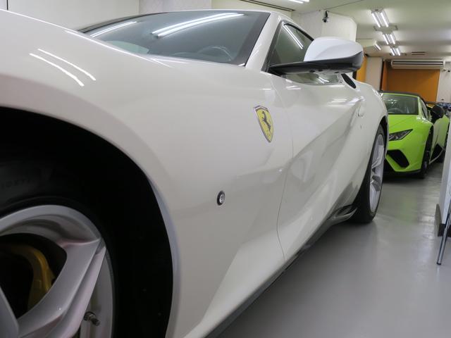 「フェラーリ」「フェラーリ 812スーパーファスト」「クーペ」「東京都」の中古車70
