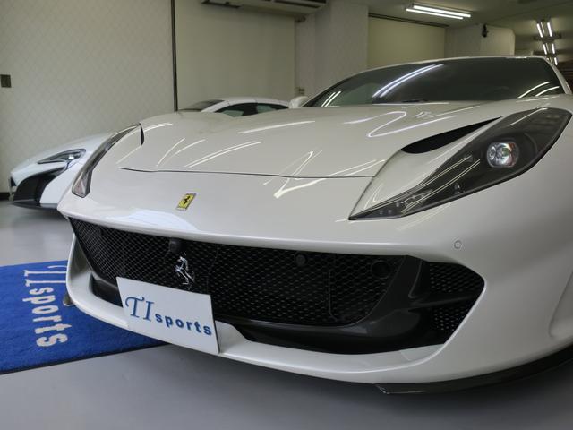「フェラーリ」「フェラーリ 812スーパーファスト」「クーペ」「東京都」の中古車71