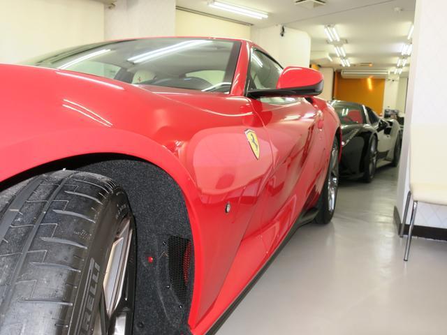 「フェラーリ」「812スーパーファスト」「クーペ」「東京都」の中古車31