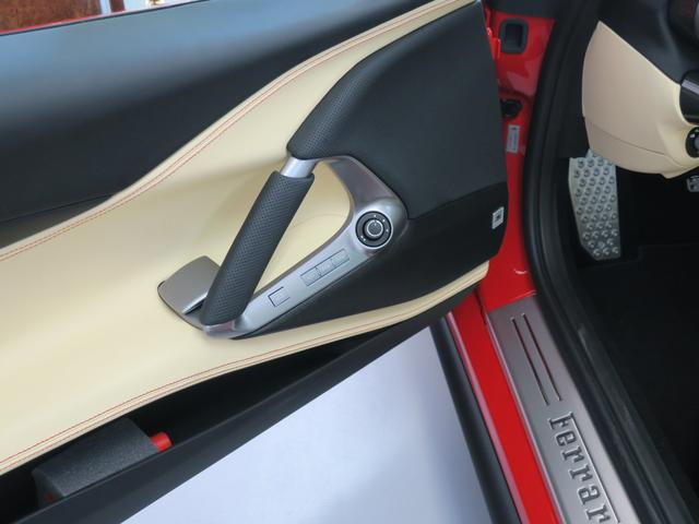 「フェラーリ」「812スーパーファスト」「クーペ」「東京都」の中古車60
