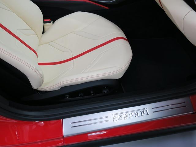 「フェラーリ」「812スーパーファスト」「クーペ」「東京都」の中古車69