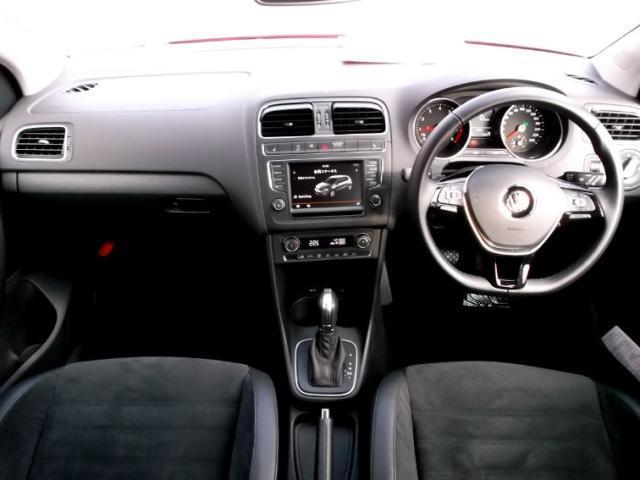 フォルクスワーゲン VW ポロ 特選車・アップグレードパッケージ