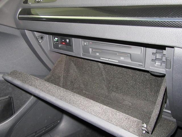 フォルクスワーゲン VW ゴルフヴァリアント TSI Highline Leather 保証期間1年