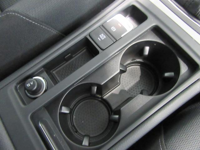 フォルクスワーゲン VW ゴルフ Comfortline ナビ・衝突被害軽減システム・ACC