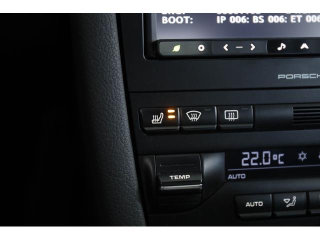 S スポクロ バックカメラ シートヒータ 純正18インチAW(11枚目)