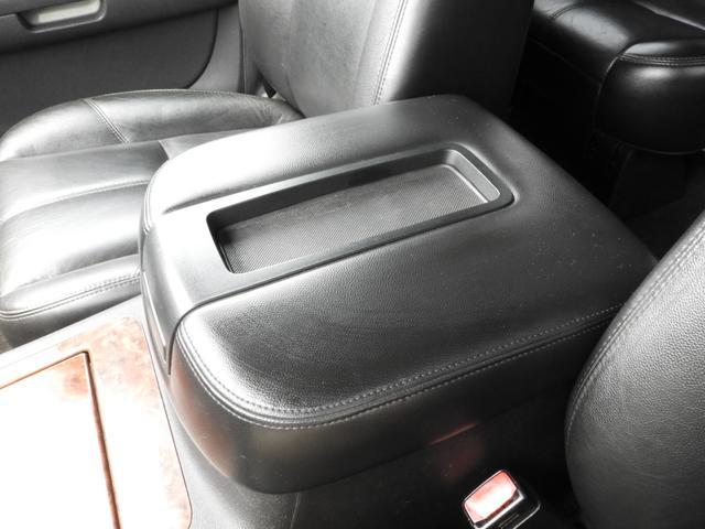シボレー シボレー タホ LTZ アルパインHDDナビDTV 4WD