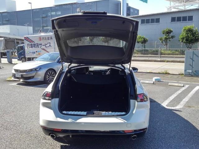 SW アリュール デモカー 新車保証継承 登録済未使用車(17枚目)