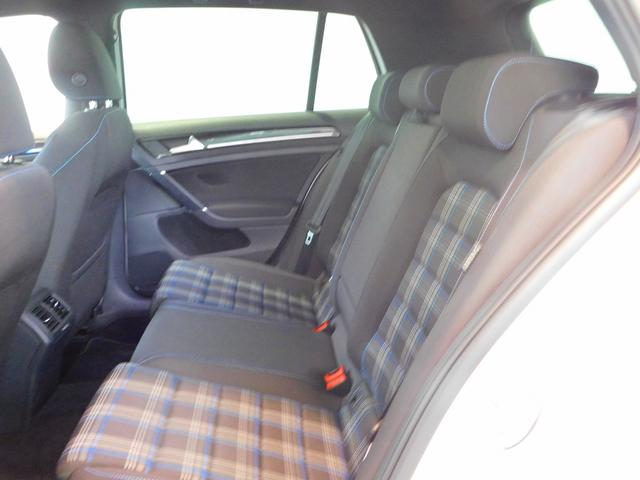 フォルクスワーゲン VW ゴルフGTE ベースグレード