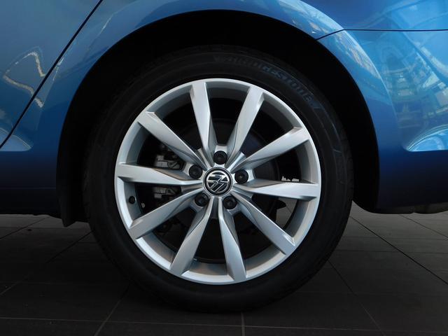 フォルクスワーゲン VW ゴルフヴァリアント ハイライン 新車保証 純正SDナビ 黒革レザー キセノン
