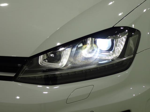 1オーナー 純正ナビ 4Motion 280馬力 ブラックレザーシート シートヒーター LEDテール(2枚目)