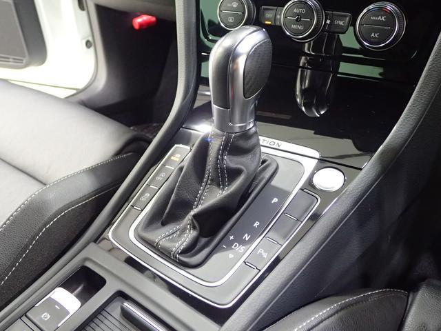 1オーナー 純正ナビ 4Motion 280馬力 ブラックレザーシート シートヒーター LEDテール(12枚目)